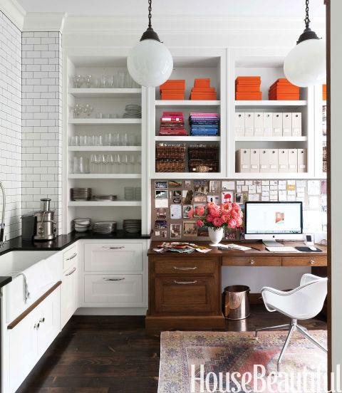Mesa de trabalho da designer Nina Farmer. Foto: HouseBeautiful